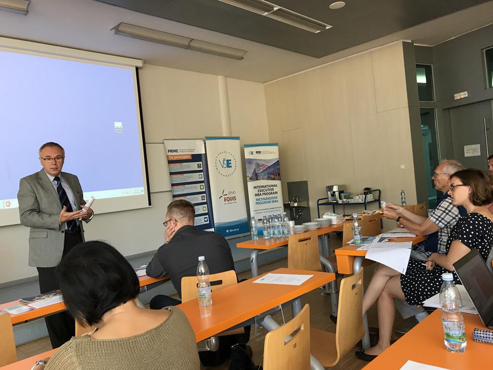Заседание регионального Совета PRiME по Центральной и Восточной Европе и семинар Responsibility and Ethics in Management  Education Фото 1